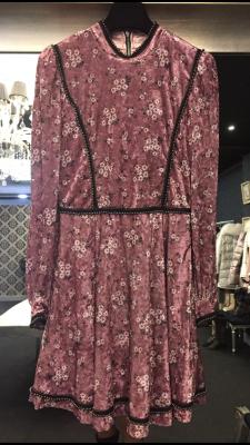Vestido velvet flor rosa